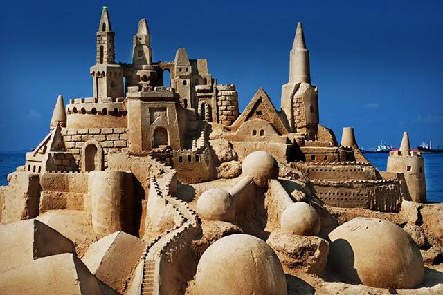 Sandcastle-729x486.jpg